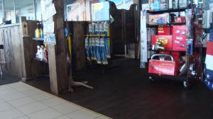 Autokauppa Virossa Woodengold-Design